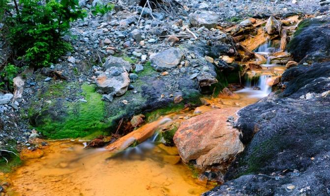 mine runoff.jpg