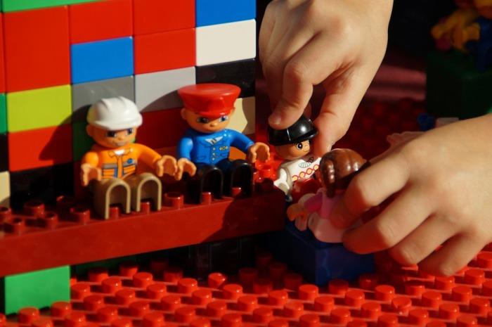 Lego- play-